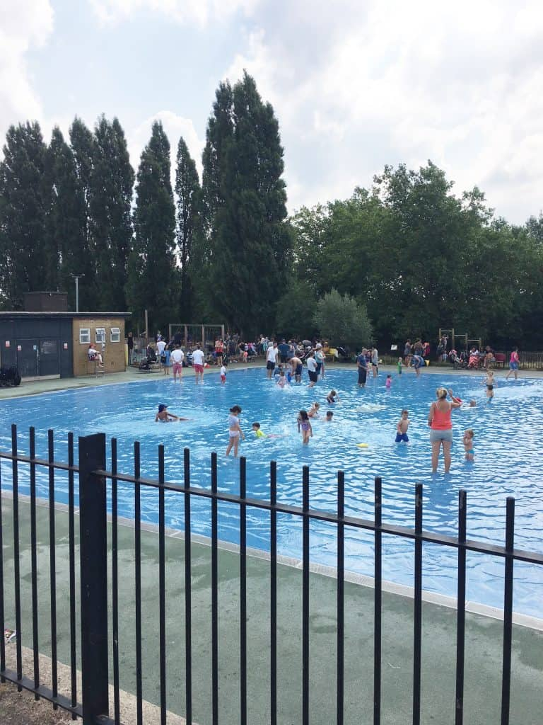 hampstead heath paddle swimming pool