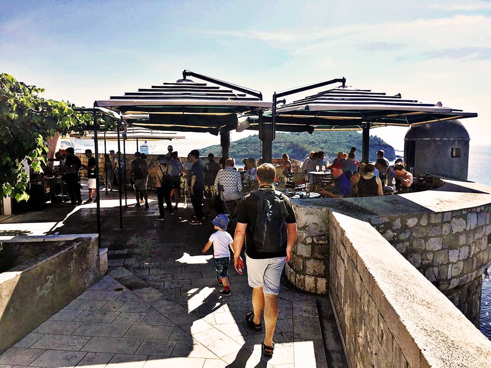 Dubrovnik city wall: one of the little cafe where to stop for a quick rest