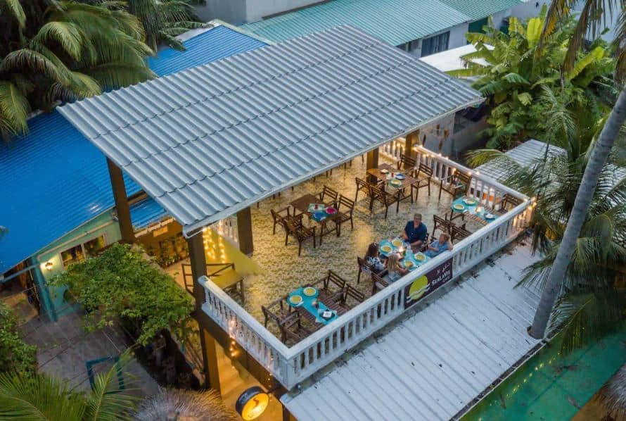 How to budget for Maldives, Sea la viw inn