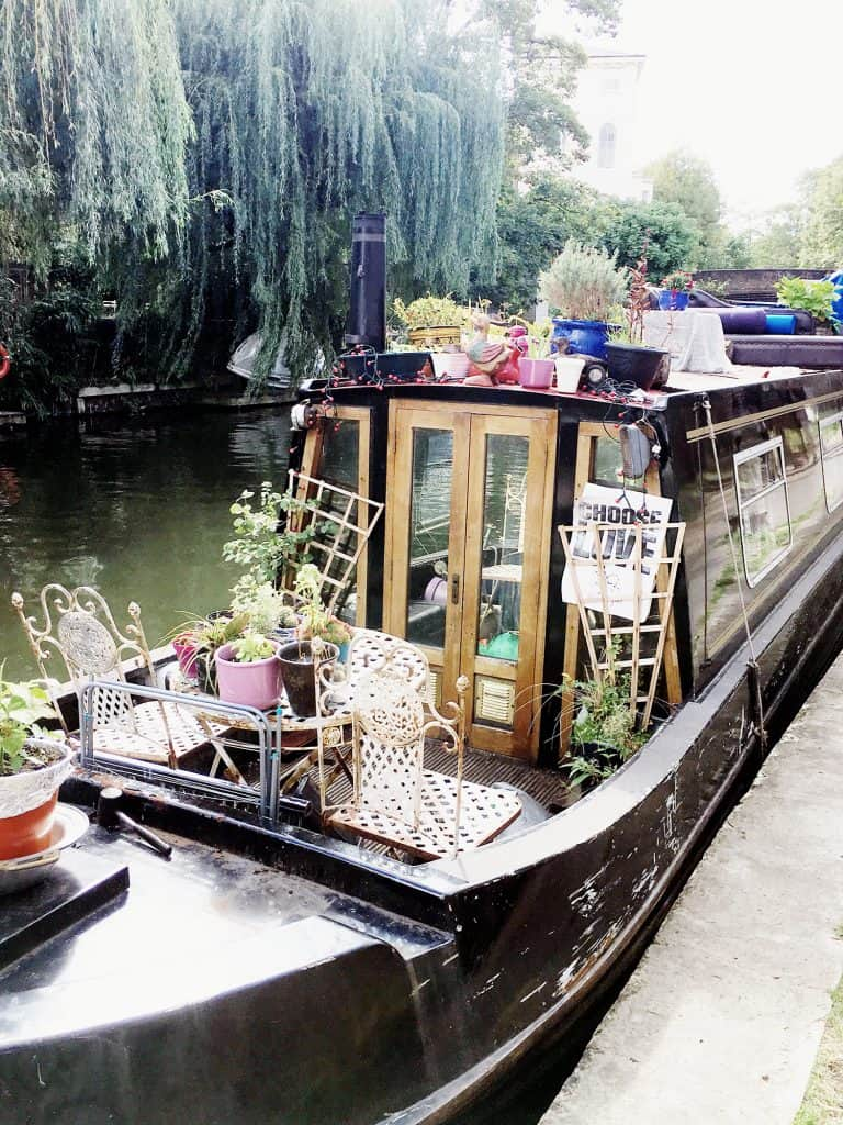 Along the Regents canal